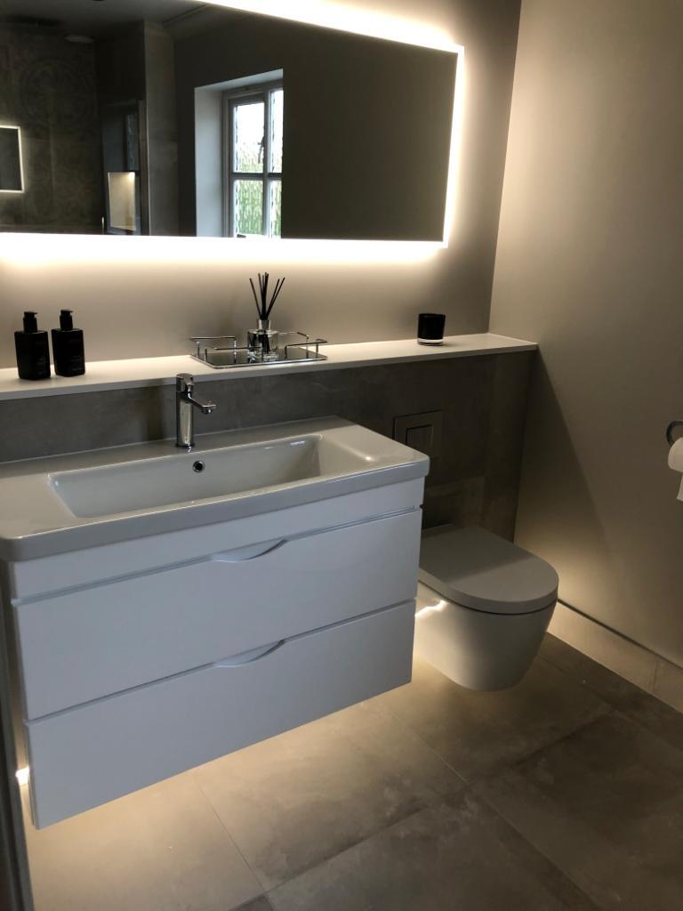 The Cambridge Bath Co bathroom sink